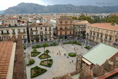 Syi127-Palermo-Katedra-dziedziniec