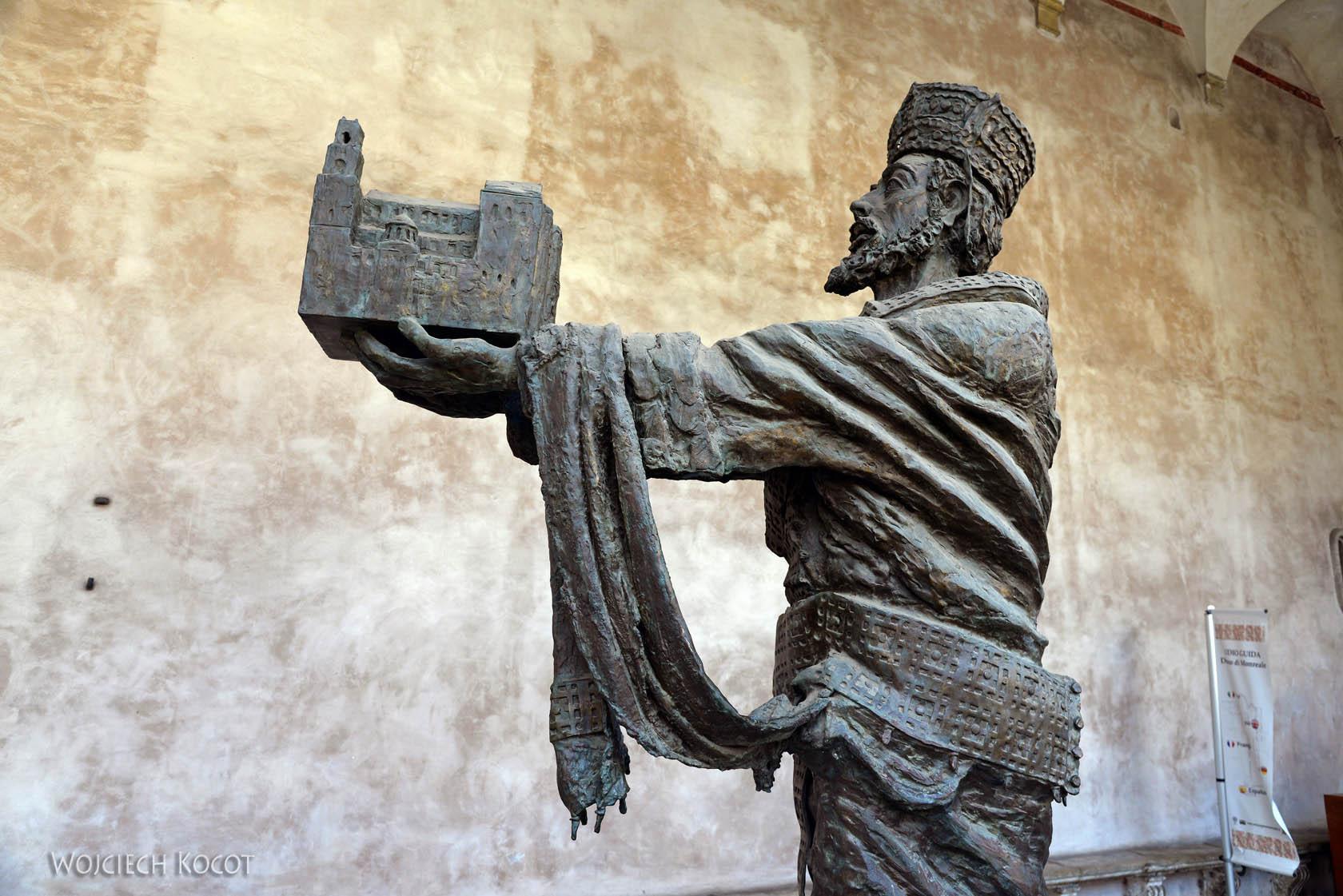 Syj076-Przy wejściu do Katedry w Monreale