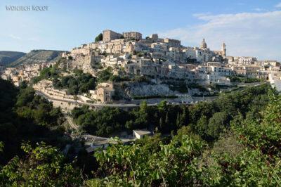 Sym155b-Ragusa-widok odpołudnia