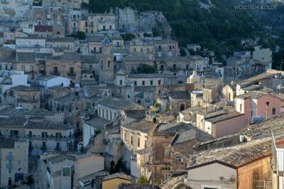 Sym177-Ragusa-widok odwschodu