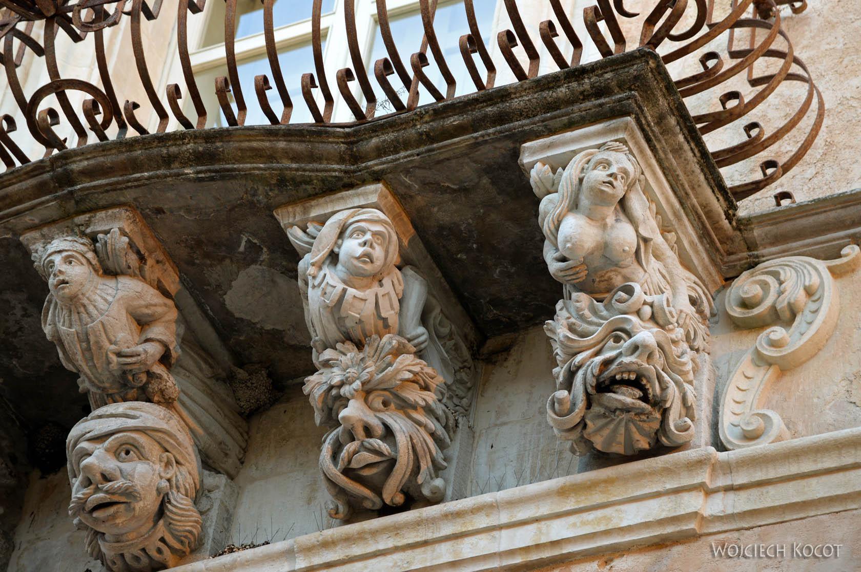 Sym214-Ragusa-ozdobne balkony