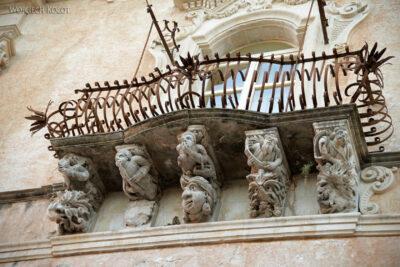 Sym217-Ragusa-ozdobne balkony