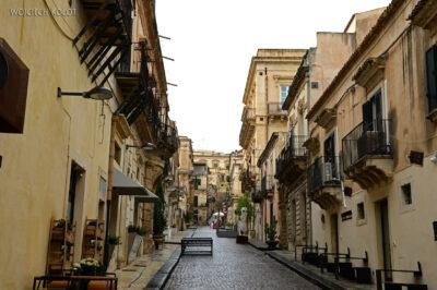 Syo173-Noto-spacer poulicach