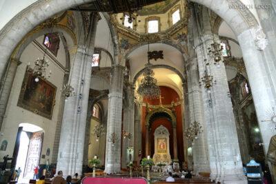 b087-W Antigua Basilica