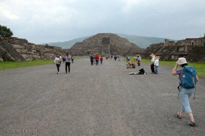 b188-Teotihuacanwidok naPiramide de Luna