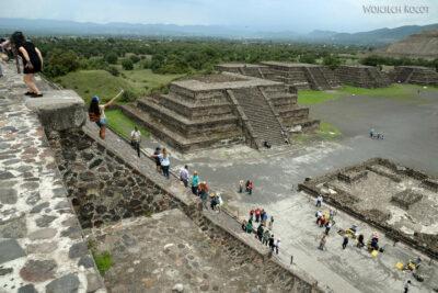 b195-TeotihuacanPiramide de Luna iokolica