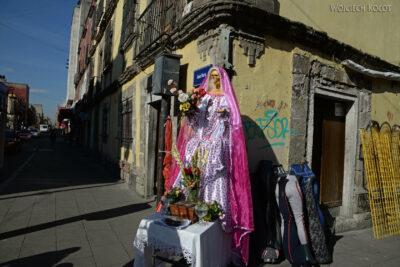 c056-Figura przy ulicy Jezus Maria
