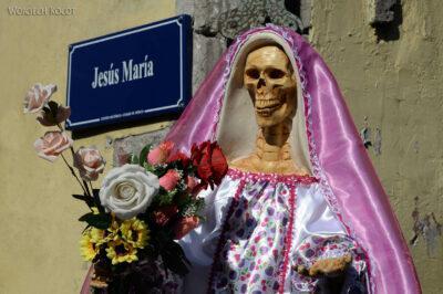 c057-Figura przy ulicy Jezus Maria