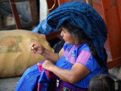 e098-San Cristobal-ludzie