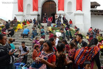 h040-Chichicastenango-przy kosciele