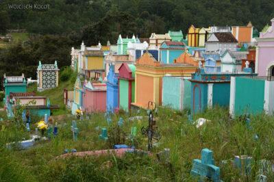 h078-Chichicastenango-na cmentarzu
