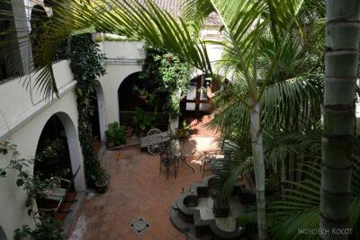 h127-Nasz hotel jak muzeum