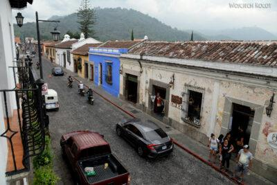 h161-Antigua-na ulicach