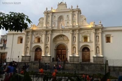 h173-Antigua-Katedra