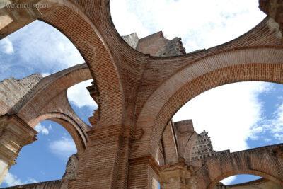 i038-Antigua-w ruinach katedry