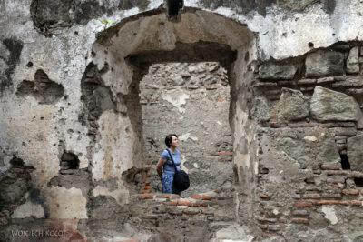 i075-Antigua-w ruinach katedry