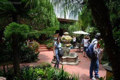 i091-Antigua-ładny dziedziniec