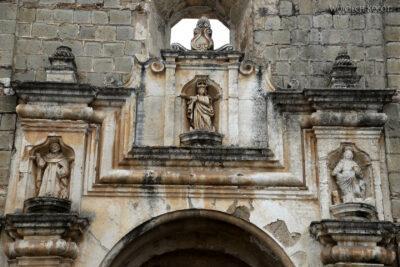 i106-Antigua-Ruiny Klasztora Santa Clara