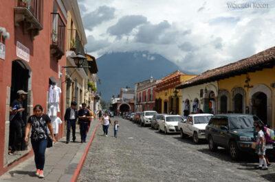 i162-Antigua-na ulicach