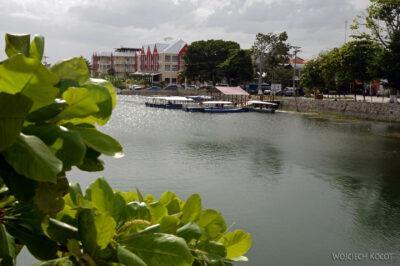 q039-Okolice wyspy Flores