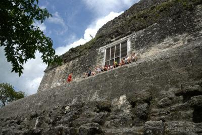 r046-Tikal-Piramida