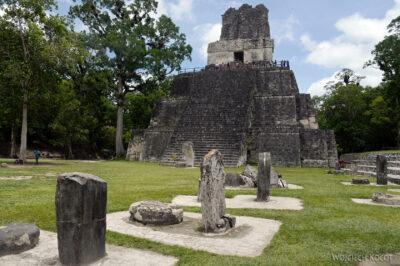 r136-Tikal-Templo II
