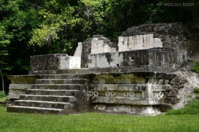 r221-Tikal