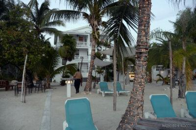 t220-Caye Caulker - plaża hotelowa