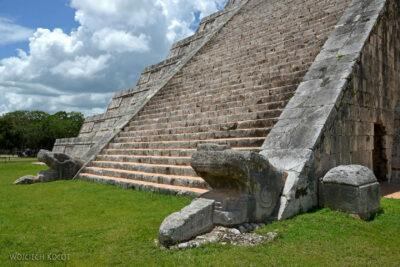 w037-Chichen Itza-Temple of Kukulcan