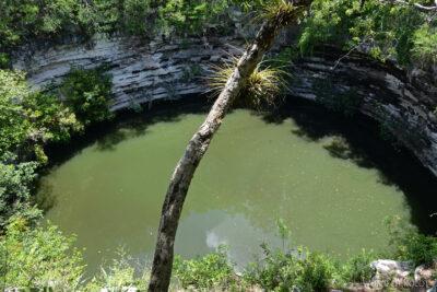 w057-Chichen Itza-Sacred Cenote