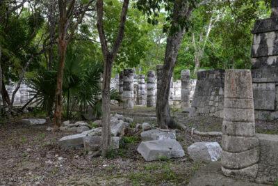 w070-Chichen Itza-Temple of the Big Tables