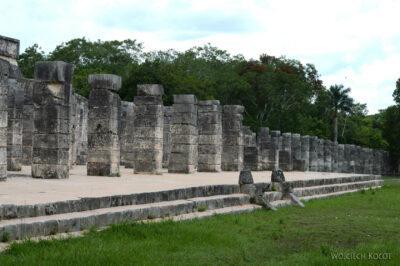 w082-Chichen Itza-Temple of Guerreos
