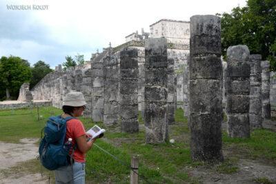 w084-Chichen Itza-Temple of Guerreos