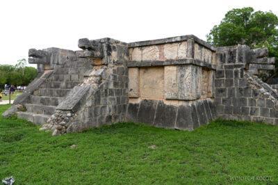 w153-Chichen Itza-Platforma Aguilas & Jaguares
