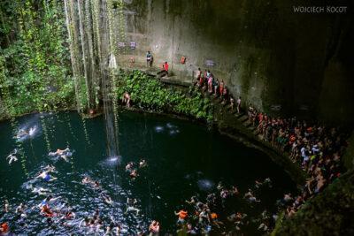 w197-W Cenote Ik-Kil