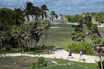 x011-Zona Arqueologica Tulum