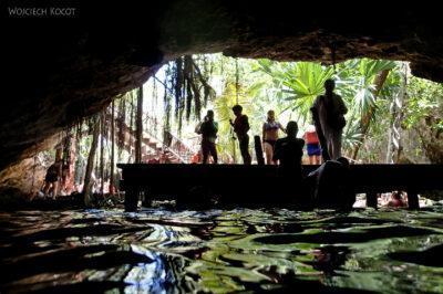 x096-Pływając poGran Cenote