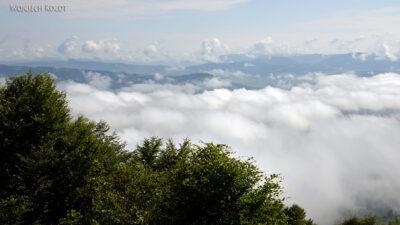 Uk407-Ponad chmurami