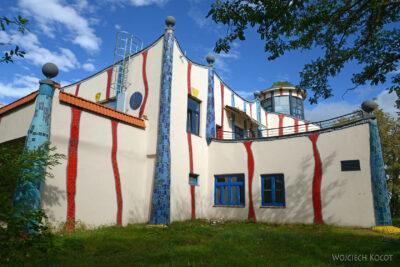 ASwa005-McDonald wgprojektu Hundertwassera napołudnie odWiednia