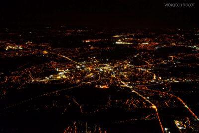 Et26101-Adis zgóry nocą