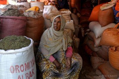 Et16043-Harar-bazar