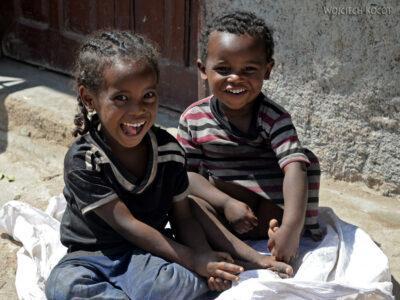 Et16093-Harar-bazar-dzieci