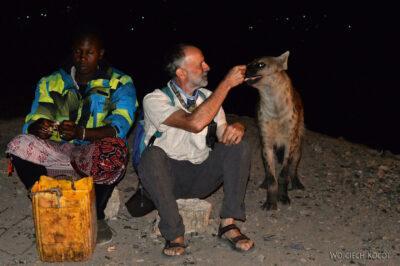 Et16223-Harar-karmienie hien