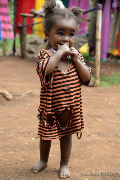 Et21080-W wiosce Dorze-dzieci