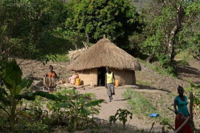 Et23250-Wioska plemienia Aari