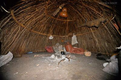 Et24099-Korokoro-Wioska plemienia Mursi-domy