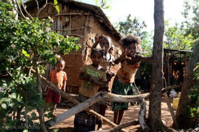 Et24212-W wiosce Gamole plemienia Konso