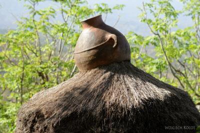 Et24250-W wiosce Gamole plemienia Konso-domy