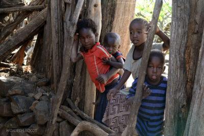 Et24252-W wiosce Gamole plemienia Konso