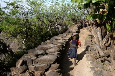 Et24258-W wiosce Gamole plemienia Konso